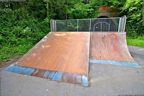 Photo 6 of Heathfield skate park in East Sussex, a great place for skateboards, roller blades, quad skates and BMX's.