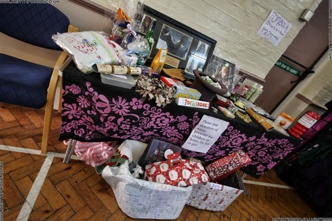 Tombola and lots of prizes at the alternative Christmas bazaar